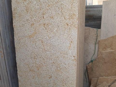 سنگ مرمریت گندمک کاربردهای گوناگون در ساختمان سازی و صنایع سنگی دارد. سنگ گندمک شیراز از معدود سنگ های مرمریت میباشد که میتوان در نما و فضاهای خارجی ساختمان استفاده کرد زیرا سنگ گندمک در برابر نور آفتاب و سرما و یخبندان مقاومت خوبی دارد و چنانچه در معرض رطوبت زیاد نباشد میتوان در سنگفرش محوطه های عمومی و سرباز استفاده کرد.   سنگ گندمک تیشه ای,سنگ گندمک شیراز,سنگ گندمک چیست,سنگ گندمک اصفهان,سنگ گندمک تیشه شیراز,سنگ گندمک قیمت,سنگ گندمک مالون,سنگبری گندمک,سنگ گندمک فارس,سنگ گندمک بوش همر شیراز,قیمت سنگ گندمک تیشه ای,قیمت سنگ گندمک شیراز,خرید سنگ گندمک,انواع سنگ گندمک شیراز,فروش سنگ گندمک شیراز,کارخانه سنگ گندمک شیراز,خرید سنگ گندمک شیراز,معایب سنگ گندمک